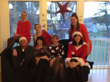 Möllekullens personal önskar en God Jul och ett Gott Nytt År!